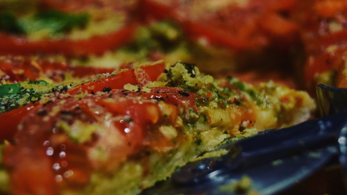 Easy vegan chilli Pesto and Tomato Pizza