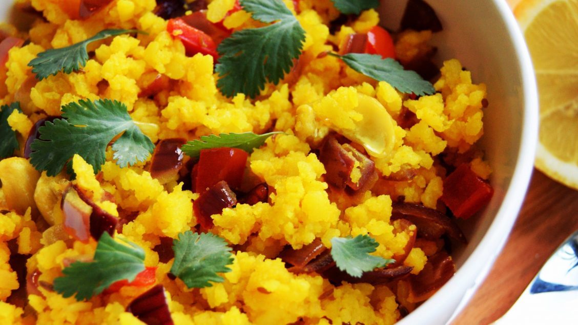 Poha with Cashews and Red Pepper