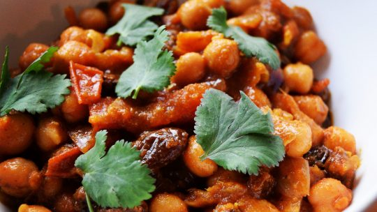 Kashmiri Chickpea Curry